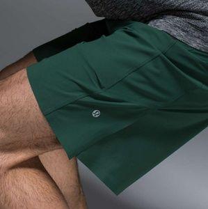 😎Lululemon😎Assert Shorts NWOT